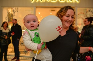 Maria Smith and 6 month old daughter Imogen waited patiently.